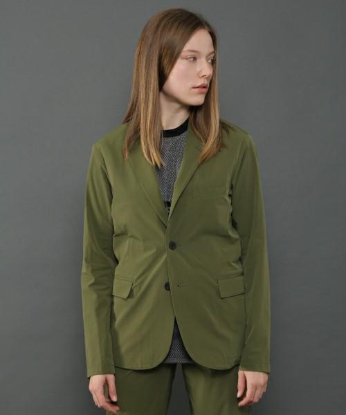 芸能人が誰だって波瀾爆笑で着用した衣装パンツ、ジャケット