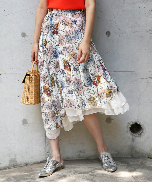 AMERIのART FLOWER LAYERED SKIRT