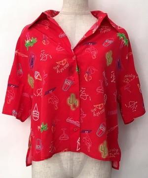 芸能人がPON!で着用した衣装パンツ、シャツ