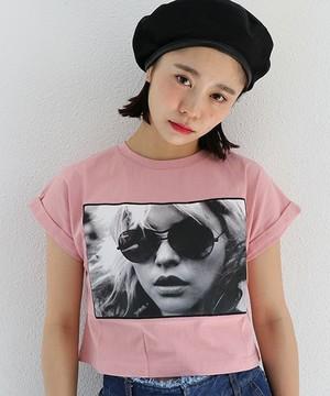 芸能人がブログで着用した衣装Tシャツ・カットソー