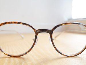 芸能人役柄:ダメ夫(涙)がカンナさーん!で着用した衣装メガネ
