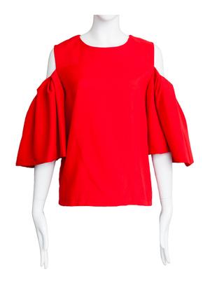 芸能人がGirls MVで着用した衣装Tシャツ・カットソー