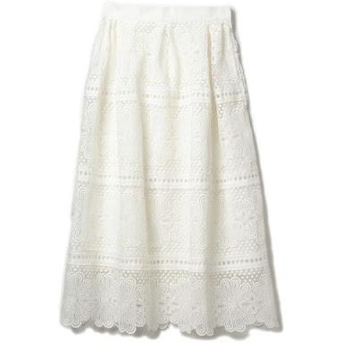 芸能人が有吉弘行のダレトク!?で着用した衣装スカート