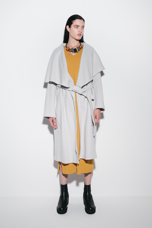 芸能人がユアタイムで着用した衣装カットソー、ワンピース