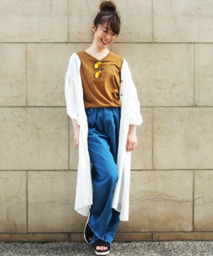 芸能人がSUMMER STATION 2017で着用した衣装ワンピース