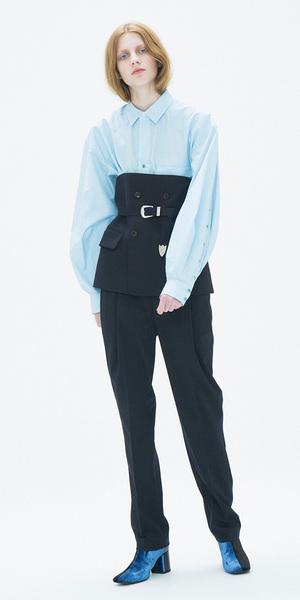 芸能人主役:新人主婦読モがセシルのもくろみで着用した衣装ベルト