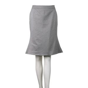 芸能人がHEROで着用した衣装スカート