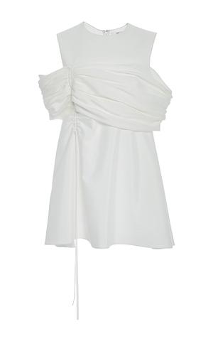 芸能人役柄:No.1カバーモデルがセシルのもくろみで着用した衣装ブラウス