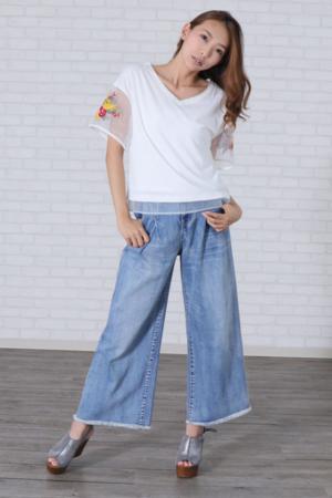 芸能人がIZANAGIで着用した衣装Tシャツ/カットソー