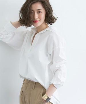 芸能人役柄:No.1カバーモデルがセシルのもくろみで着用した衣装シャツ