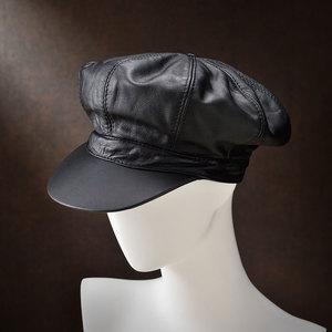 芸能人がプラージュで着用した衣装帽子