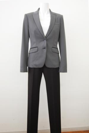 芸能人が検事・朝日奈耀子(19)で着用した衣装スーツ(2ピース)