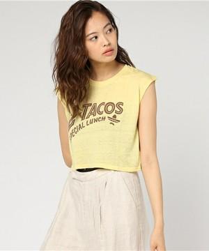 芸能人役柄:アパレル会社のかわいい後輩がカンナさーん!で着用した衣装Tシャツ