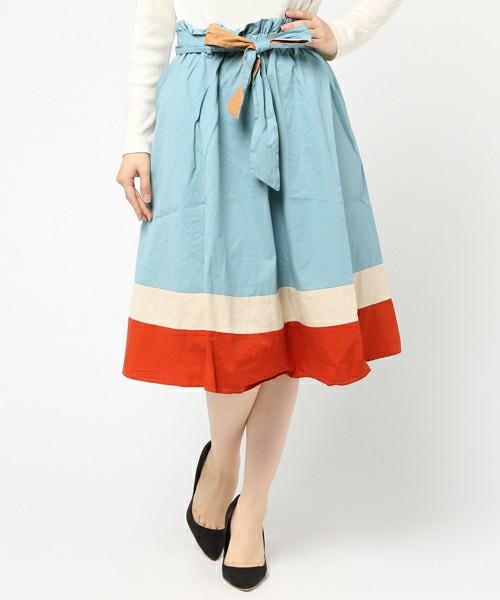 芸能人がウチの夫は仕事ができないで着用した衣装ブラウス、キャミソール、スカート