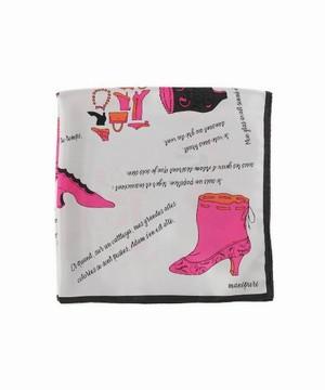 芸能人主役・校閲部・希望はファッション誌編集部が地味にスゴイ!DX校閲ガール・河野悦子で着用した衣装スカーフ