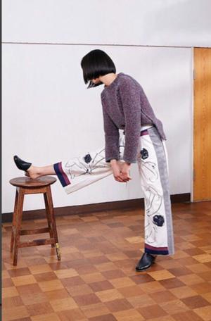 芸能人がアメトークで着用した衣装パンツ