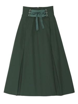芸能人がミックスで着用した衣装スカート