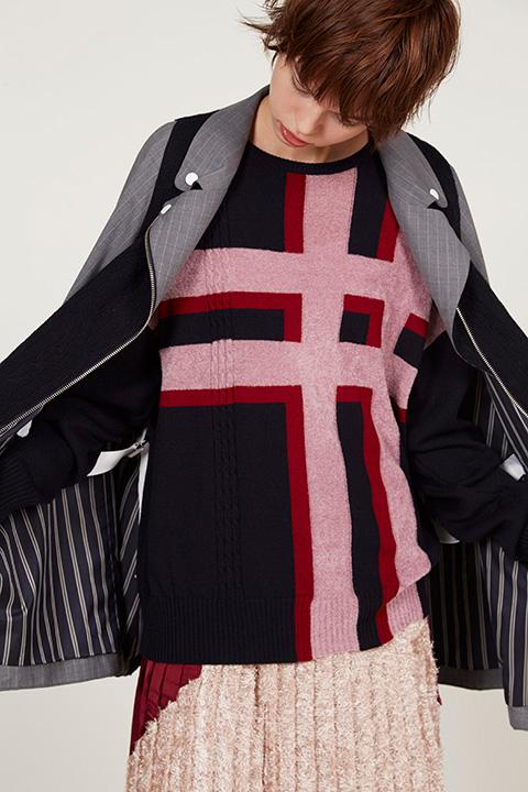 芸能人が世界一受けたい授業で着用した衣装スカート、ニット
