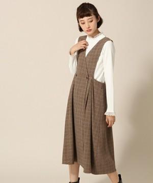 芸能人役柄:年下のお隣さんが奥様は、取り扱い注意で着用した衣装ワンピース