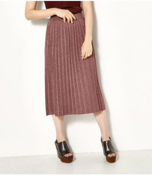 芸能人が櫻井・有吉THE夜会で着用した衣装バッグ、スカート