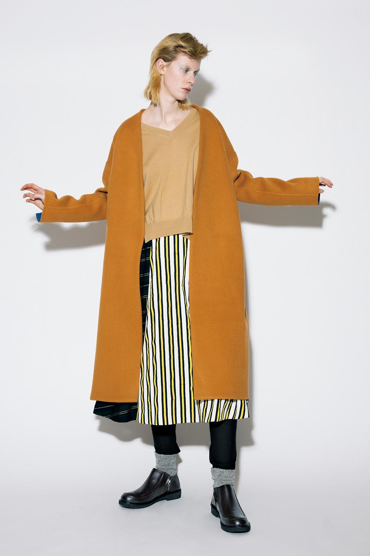 芸能人がユアタイムで着用した衣装カットソー