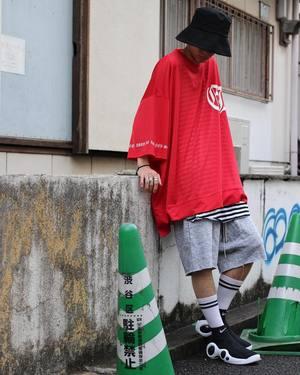 芸能人がミュージック☆ロードで着用した衣装Tシャツ・カットソー