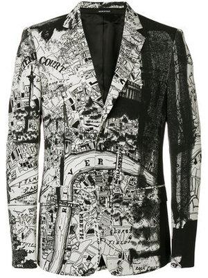 芸能人がSKY-HI で着用した衣装セットアップ・スーツ