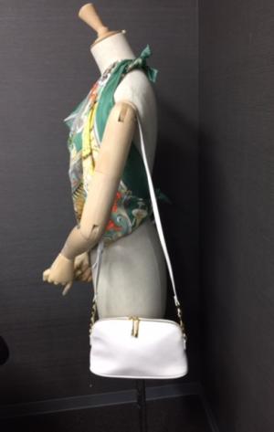 芸能人がグッドモーニング・コール our campus daysで着用した衣装ショルダーバッグ