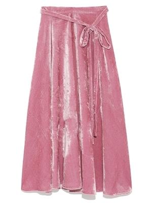芸能人がTwitterで着用した衣装スカート