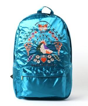芸能人がブラックリベンジで着用した衣装バッグ