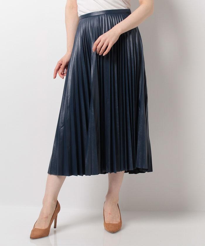 芸能人第2話ゲスト:綺麗な主婦が奥様は、取り扱い注意で着用した衣装スカート