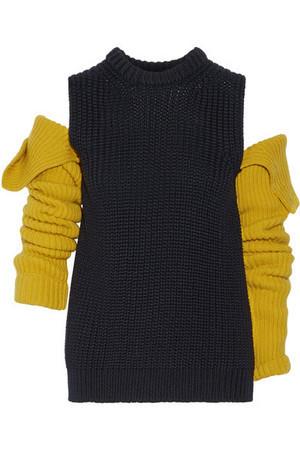 芸能人がInstagramで着用した衣装ニット