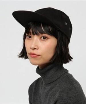芸能人がTwitterで着用した衣装帽子/トレーナー/スカート/シューズ・サンダル