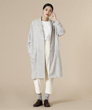 芸能人役柄:年下のお隣さんが奥様は、取り扱い注意で着用した衣装コート