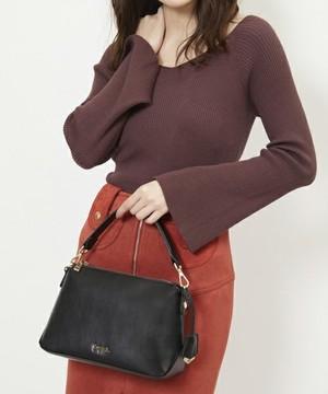 芸能人6話ゲスト・豪邸に住む優しい主婦が奥様は、取り扱い注意で着用した衣装バッグ