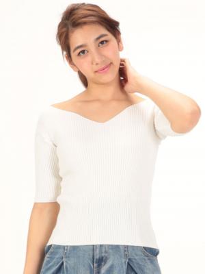 芸能人がキスマイ超BUSAIKU⁈で着用した衣装ニット/セーター
