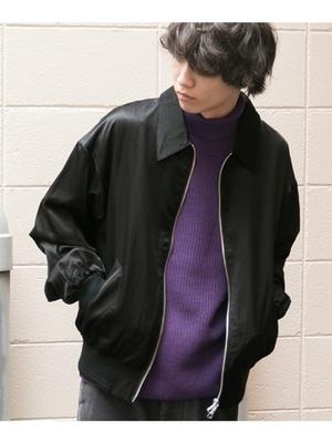 芸能人役柄・正義感溢れる日本史教師が明日の約束で着用した衣装アウター