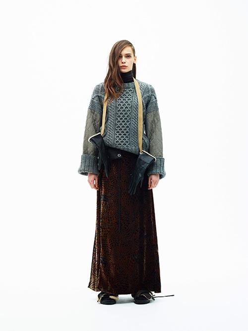 芸能人が林先生が驚く初耳学で着用した衣装シューズ、スカート