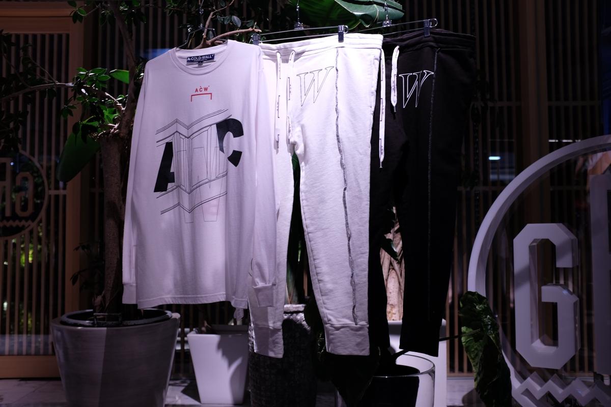 芸能人が日テレ系音楽の祭典 ベストアーティスト2017で着用した衣装靴下、カットソー