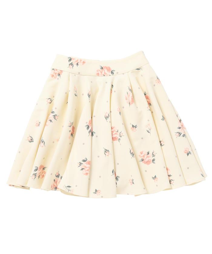 芸能人がオトナ高校で着用した衣装スカート