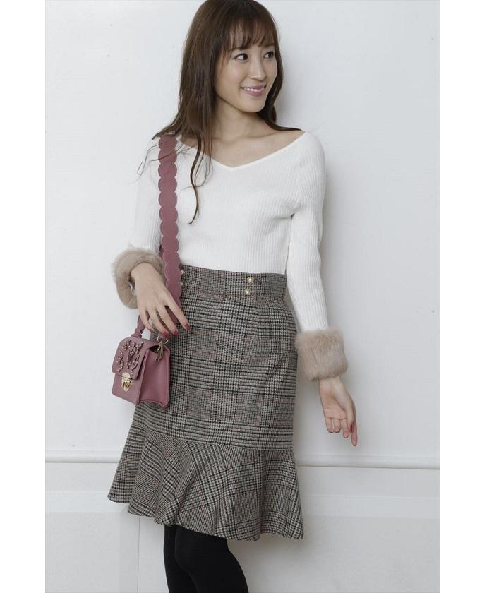 Rirandtureの裾フレアチェックスカート