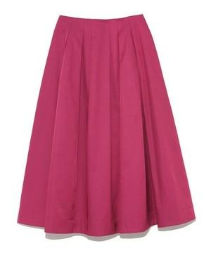 芸能人通称・財テクが監獄のお姫さまで着用した衣装スカート