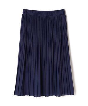 芸能人役柄・社長夫人が監獄のお姫さまで着用した衣装スカート