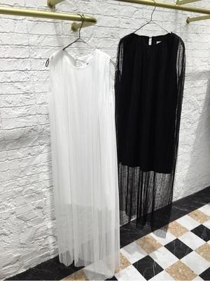芸能人がCoversで着用した衣装ドレス