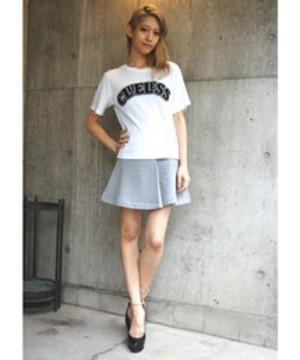 芸能人がTwitterで着用した衣装Tシャツ・カットソー/スカート