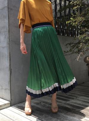 芸能人がリーゼで着用した衣装スカート