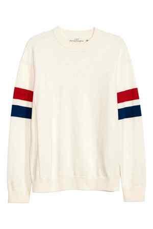 芸能人がほかぽか2で着用した衣装ニットセーター