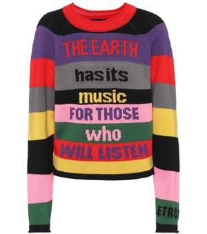 芸能人がInstagramで着用した衣装ニット/パンツ