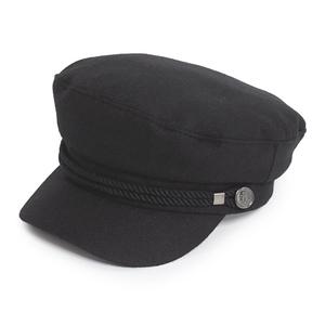 芸能人がInstagramで着用した衣装帽子/Tシャツ・カットソー/ジャケット