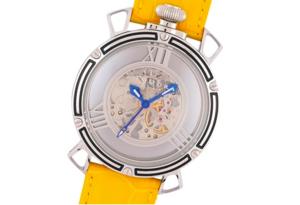 芸能人がアンナチュラルで着用した衣装時計